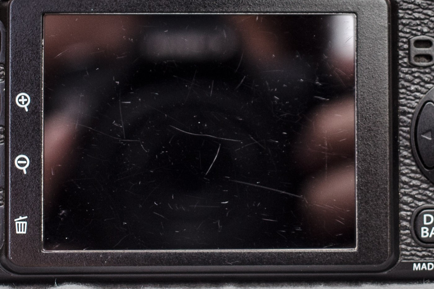 how to fix scratch on led tv screen