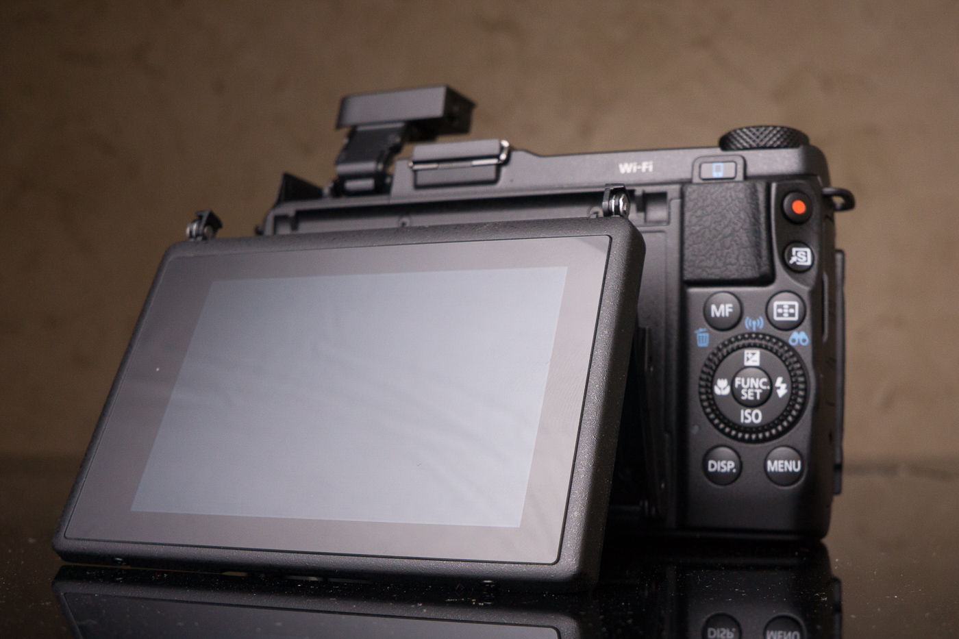 Canon-G1-X-II-2