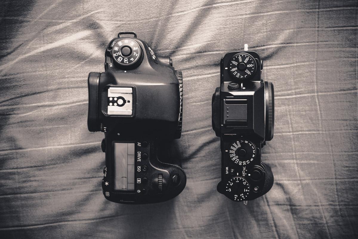 Canon EOS 6D size comparison versus Fujifilm X-T1