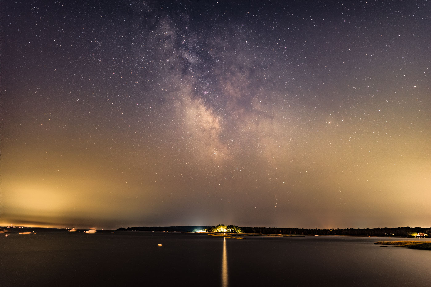 sony fe 28mm f 2 astrophotography review lonely speck. Black Bedroom Furniture Sets. Home Design Ideas