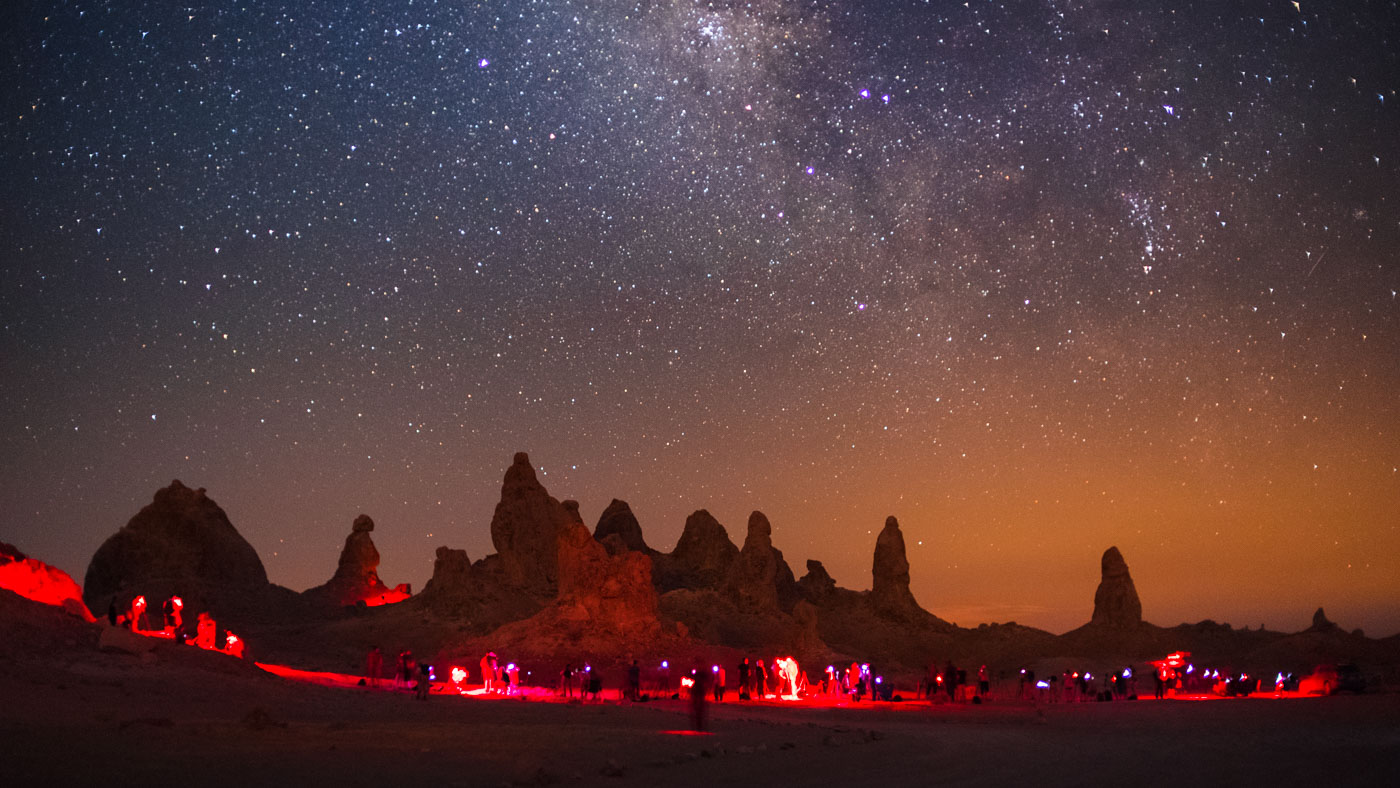 lonely-speck-meetup-2016-trona-pinnacles-milky-way-5