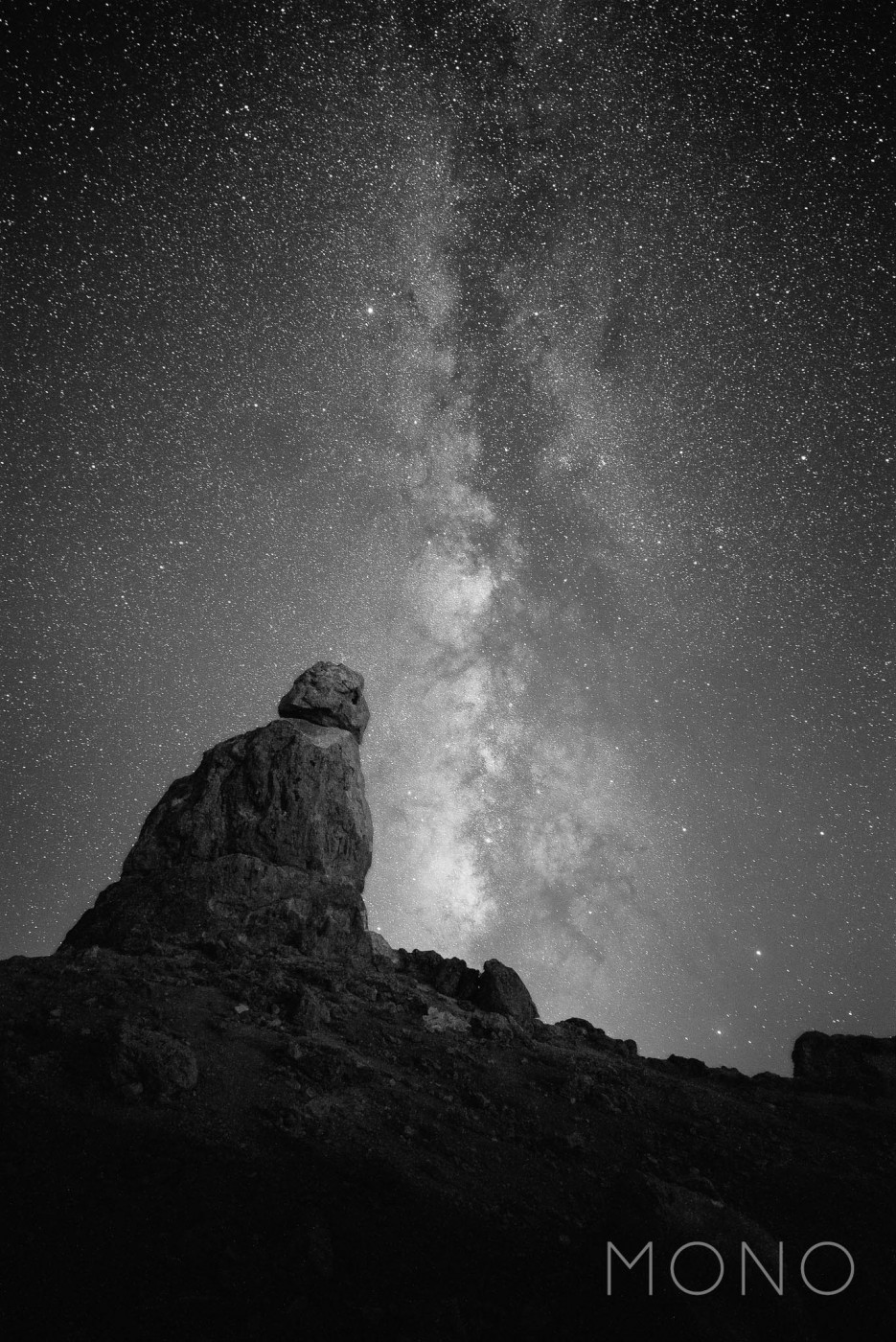 mono-milky-way-astrophotography-lonely-speck-lightroom-preset-2