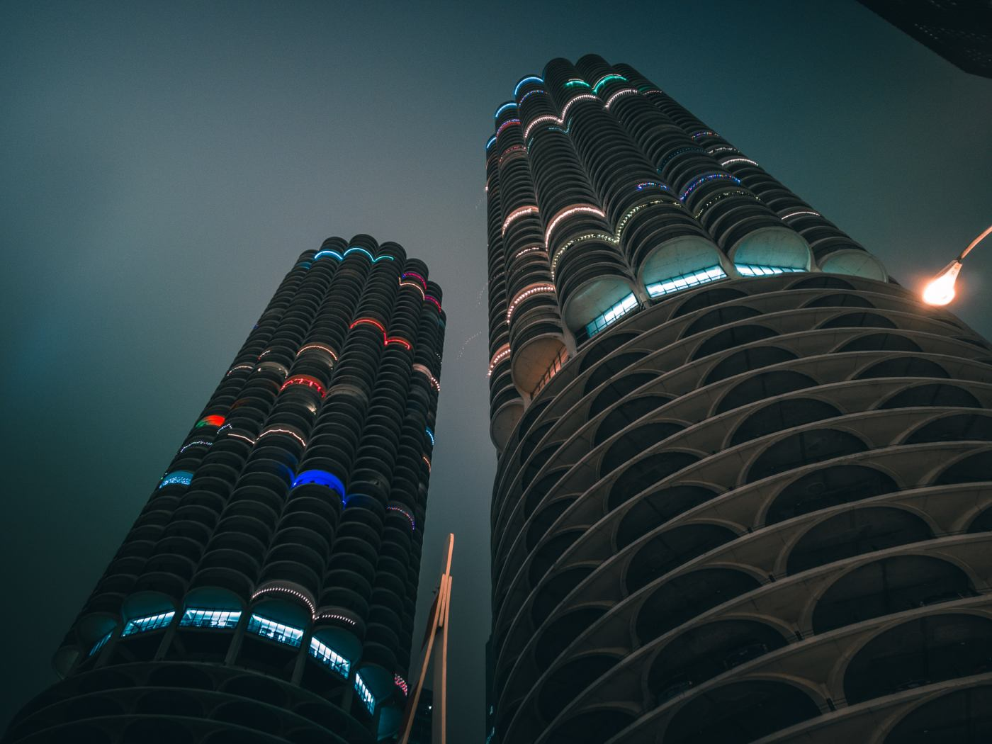 Marina City Towers, Chicago. ASUS ZenFone 4 Pro. 20s, f/1.7, ISO 25